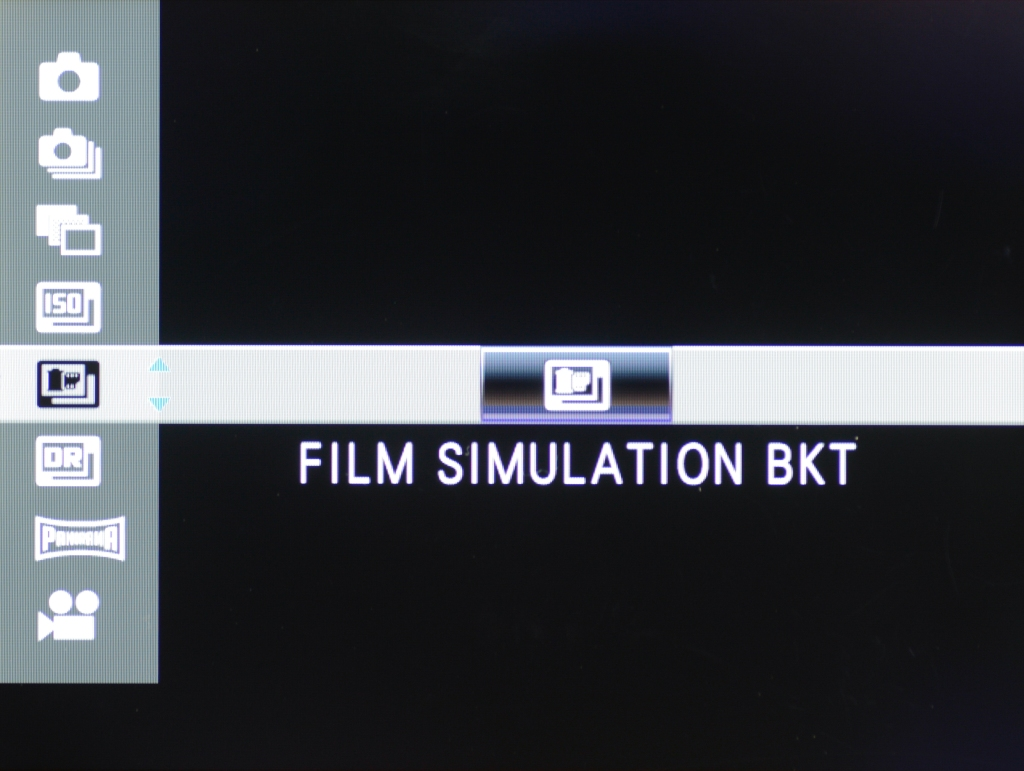 Selecting Film Simulation Bracketing in Drive Menu