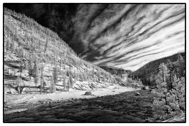 Yellowstone_SW_XEIR1209-Edit