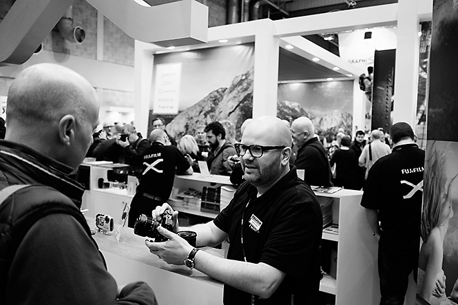 Here's our man Nathan talking about the X-T2. If it's possible, he's even more in love with it than I am!