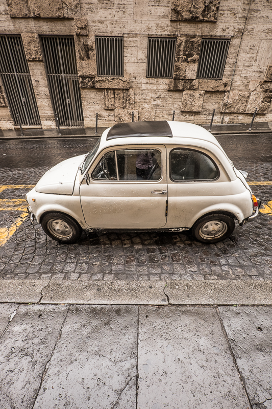 Fiat 500. XF10-24mm, 1/50sec at f/5.6, ISO 800.