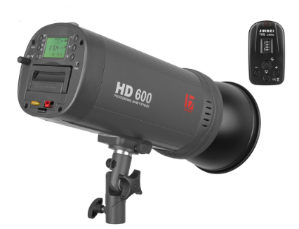 The Jinbei HD600 II packs 600 Ws of power (that's about 6 to 10 regular speedlights) in a relatively lightweight 2.4 kg package, battery included.
