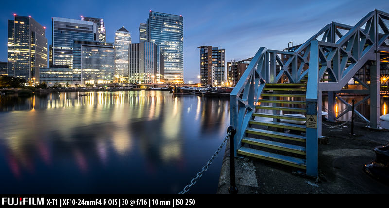 This picture was taken during the highly recommended London by Night and Low Light workshop by Doug Chinnery. Doug is also a Fujifilm user.