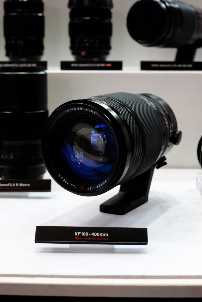 XF100-400 zoom lens