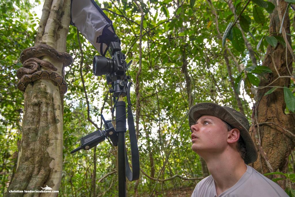 Ben shooting in Sabah - Christian Loader - Scubazoo Images-15