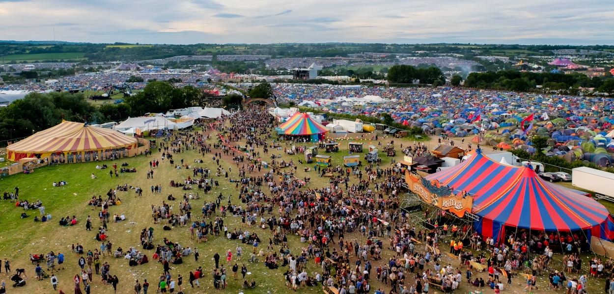 Glastonbury Festival, Somerset, UK. 25 June 2015. Aerial view of part of the Glastonbury Festival site from the Ribbon Tower. © Tom Corban